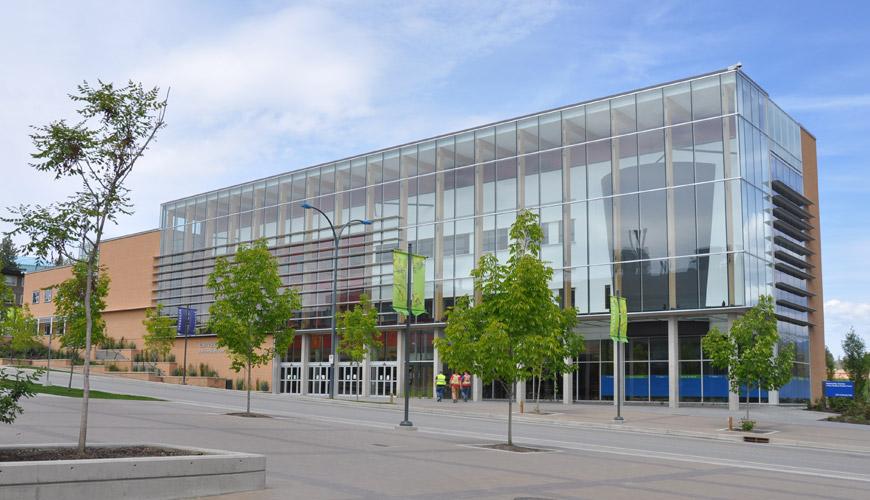 University Centre building opens.